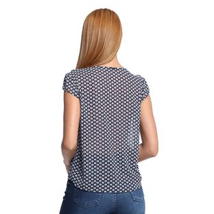 Camisa-Feminina-Detalhe-Gola-Costas--