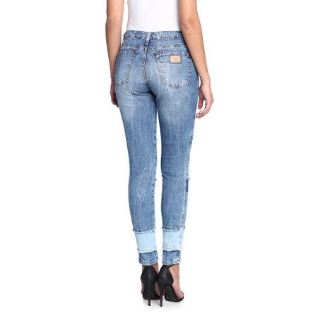 Calca-Jeans-Cigarrete-Patch-Feminina-Costas--