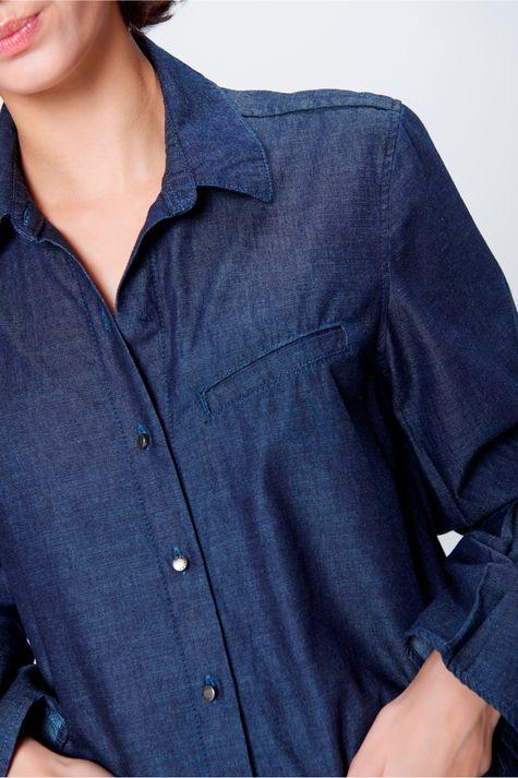 Camisa-Jeans-Alongada-Feminina-Detalhe--