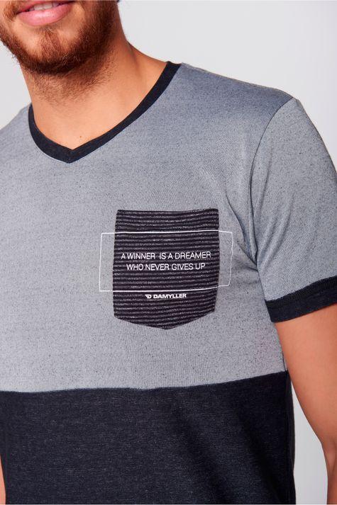Camiseta-com-Bolso-Masculina-Frente--