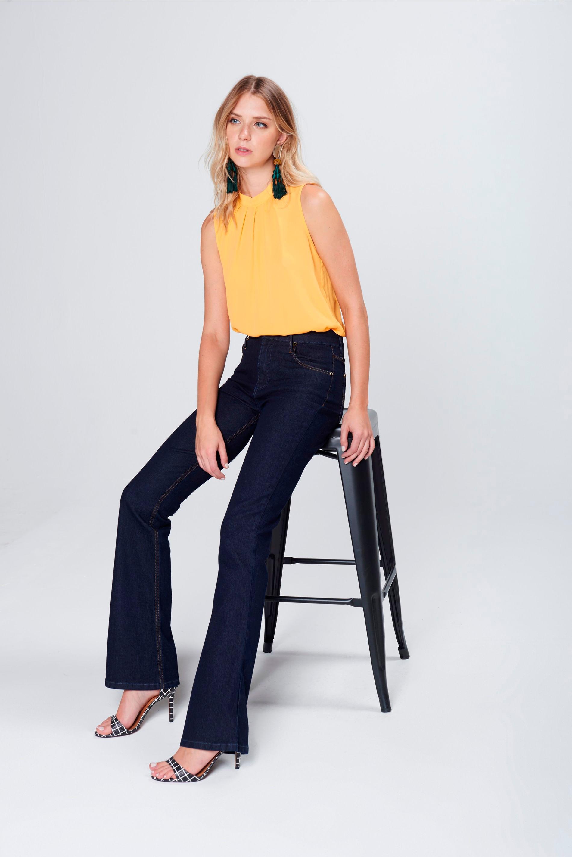 Calça Boot Cut Básica Jeans Cintura Alta - Damyller 7875837ebad