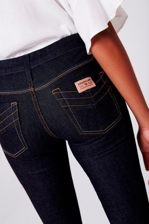 Calca-Cigarrete-Jeans-Frente--