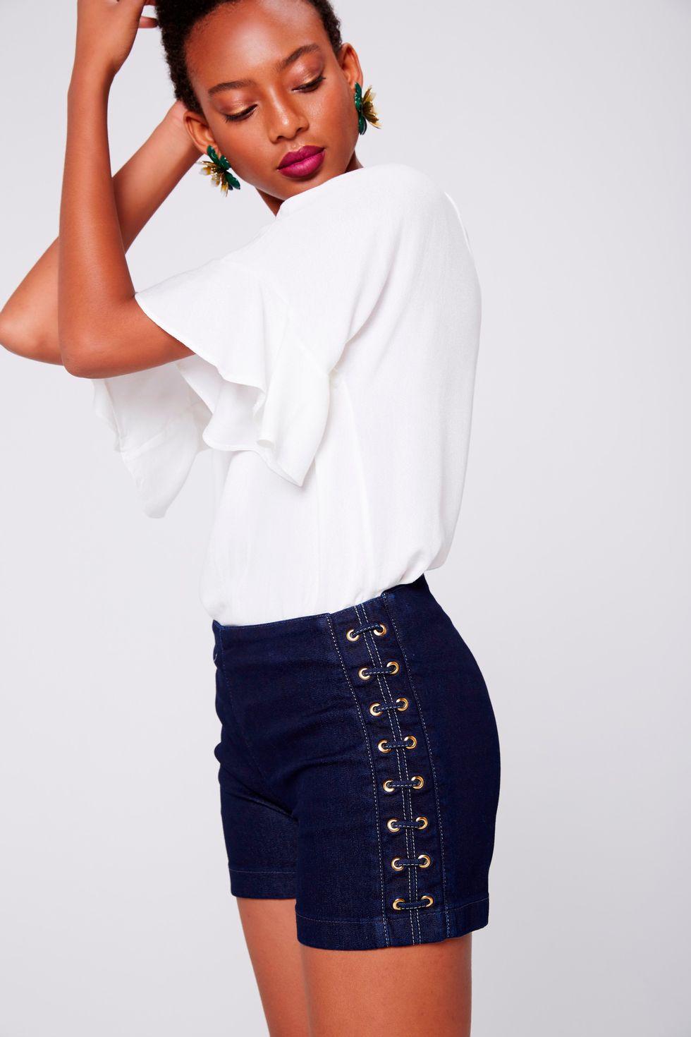 Shorts-Jeans-Detalhe-Lateral-Frente--