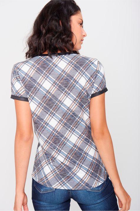 Camiseta-Xadrez-Feminina-Costas--