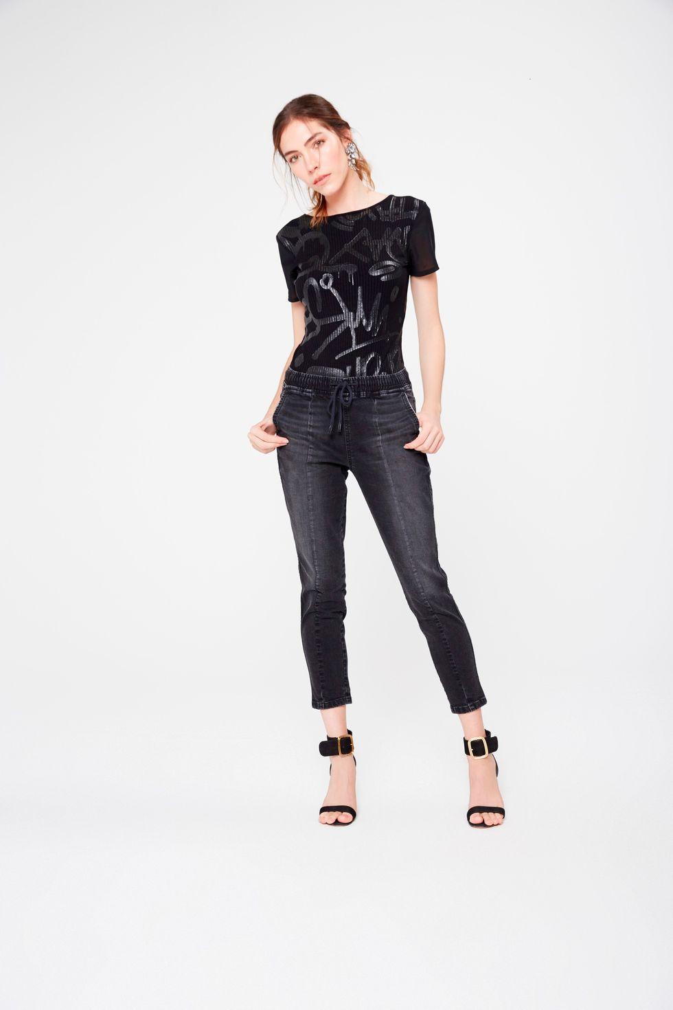 Calca-Jeans-Jogger-Feminina-Frente--