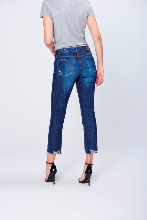 Calca-Jeans-Reta-Rasgada-Feminina-Costas--