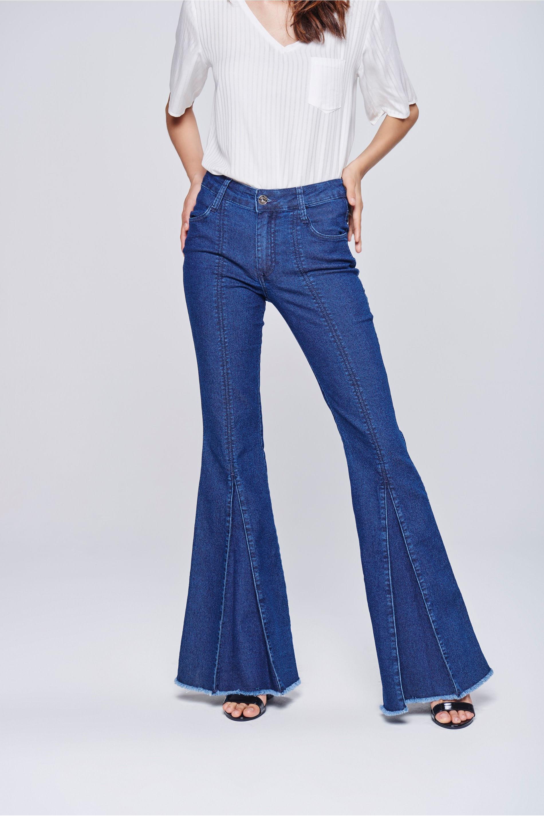 b6431c400 Calça Flare Jeans Feminina Prega Frontal - Damyller