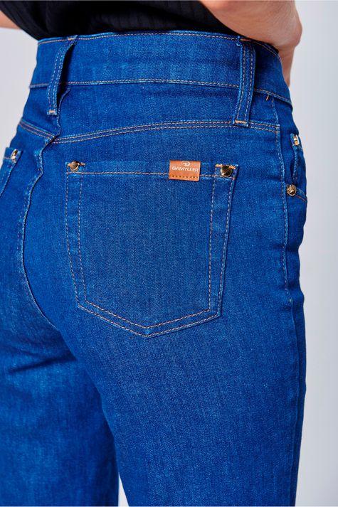 Calca-Jeans-Cropped-Feminina-Detalhe-1--