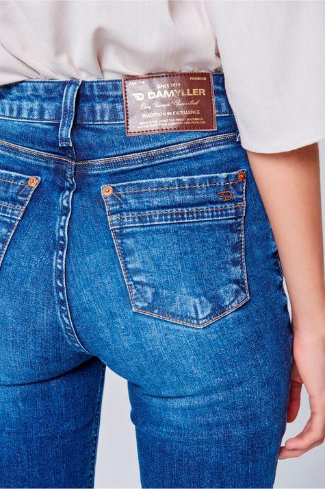 0a895bda69 Calça Jeans Skinny Cintura Alta Feminina - Damyller