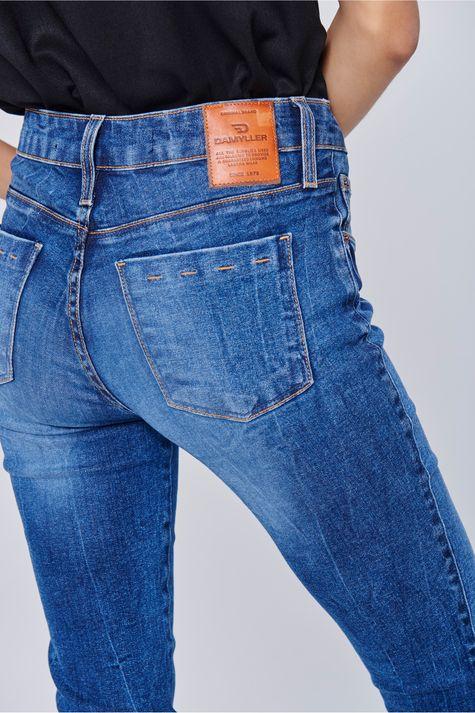 Calca-Jeans-Cigarrete-Feminina-Detalhe--