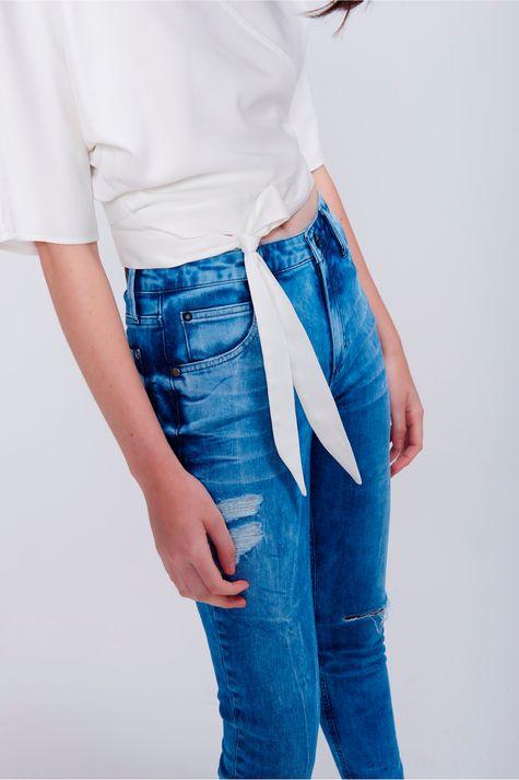 Blusa-Decote-Transpassado-com-Amarracao-Detalhe--