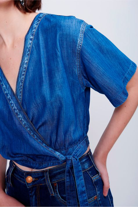 Blusa-Cropped-Jeans-Transpassada-Frente--