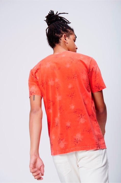 Camiseta-Masculina-Estampa-Floral-Frente--