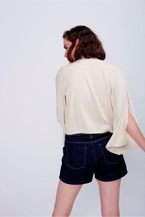 Blusa-Solta-com-Amarracao-Frontal-Frente--