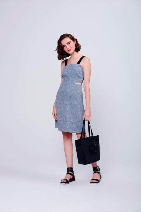 Vestido-Recortes-e-Alca-Larga-Frente--