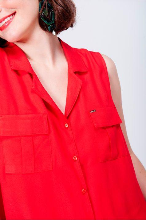 Camisa-Feminina-Bolsos-Frente-Detalhe--
