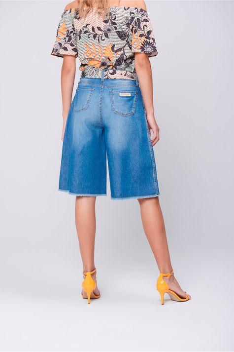 Bermuda-Feminina-Jeans-Cinto-de-Lenco-Costas--