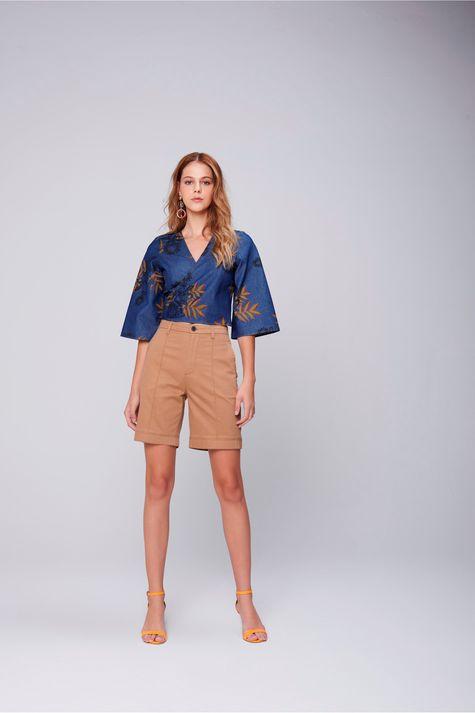 Blusa-Cropped-Jeans-Estampa-Floral-Detalhe--