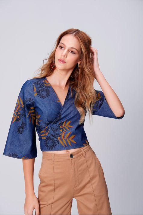 Blusa-Cropped-Jeans-Estampa-Floral-Frente--
