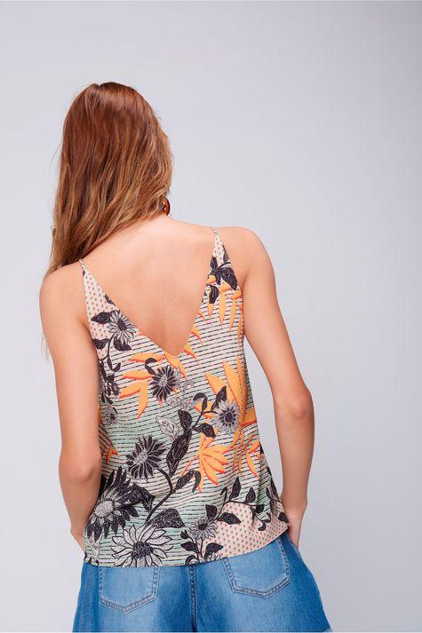 Blusa-Alca Feminina-com-Detalhe-Decote-Costas--