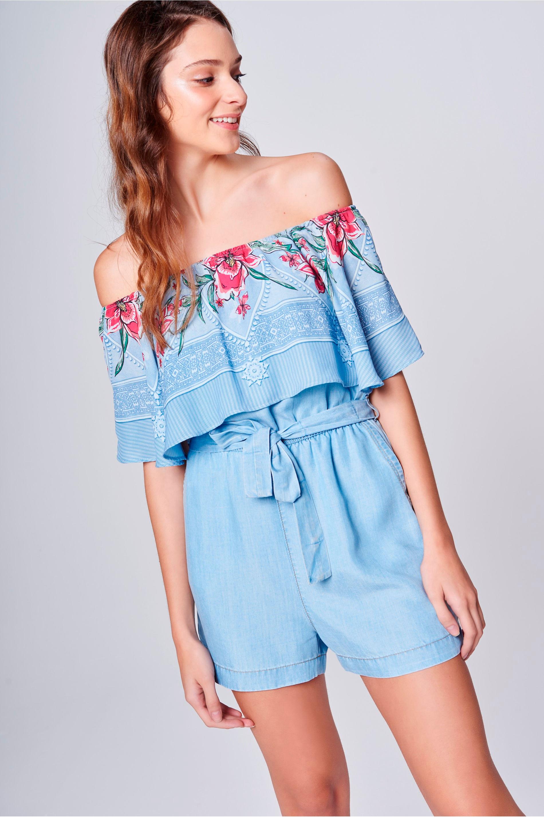 Macacão Curto Jeans Estampado Feminino - Damyller d1095572d0c3a
