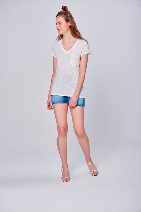 Camiseta-Feminina-Branca-com-Bolso-Frente--