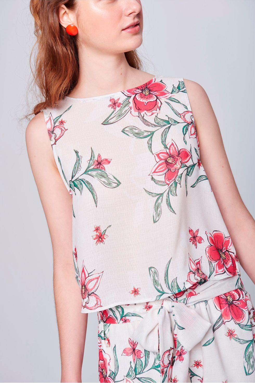 Blusa-Estampa-Floral-Decote-com-Babados-Detalhe--