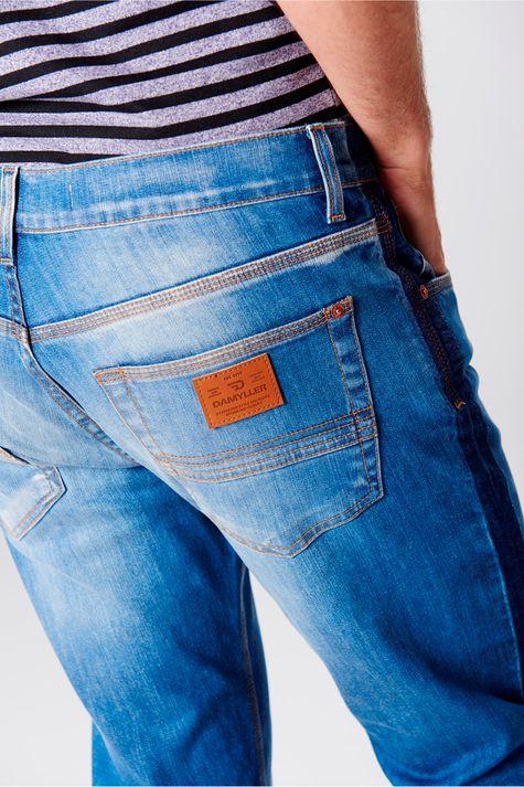 Calca-Skinny-Barra-Desfiada-Masculina-Detalhe-1--