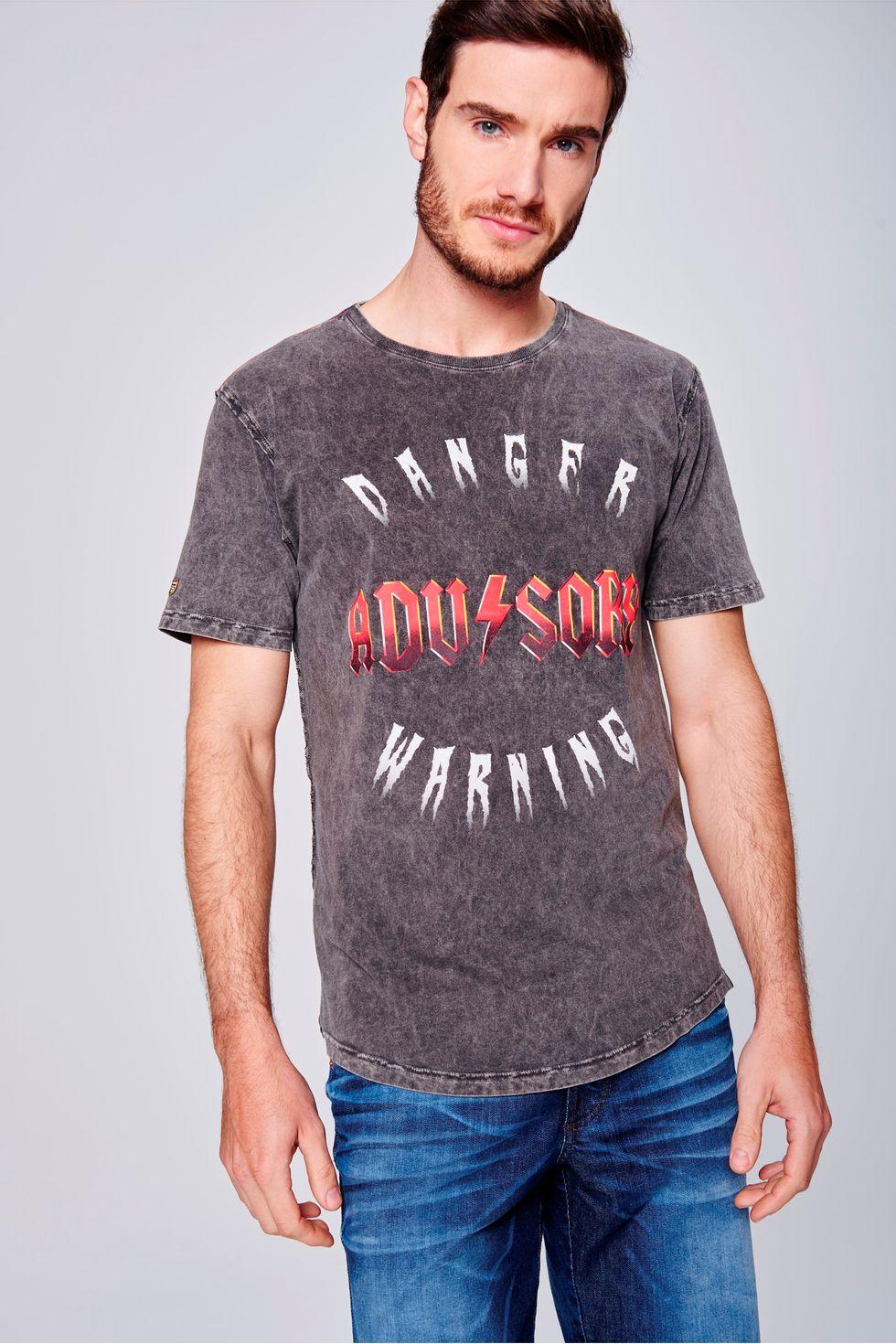 Camiseta-Tingida-com-Estampa-Masculina-Frente--