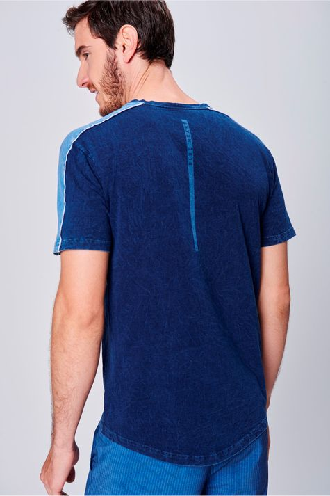 Camiseta-com-Recortes-Unissex-Frente--