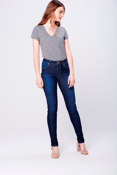 Calca-Skinny-Jeans-com-Pala-Arredondada-Frente--