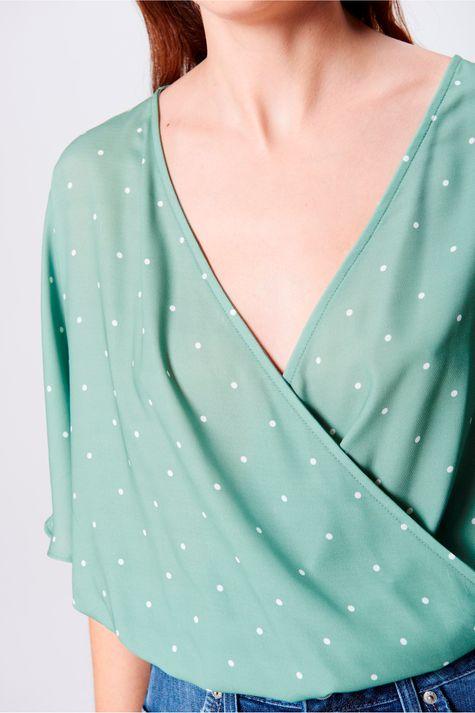 Blusa-Decote-Transpassado-Estampa-Poa-Frente--