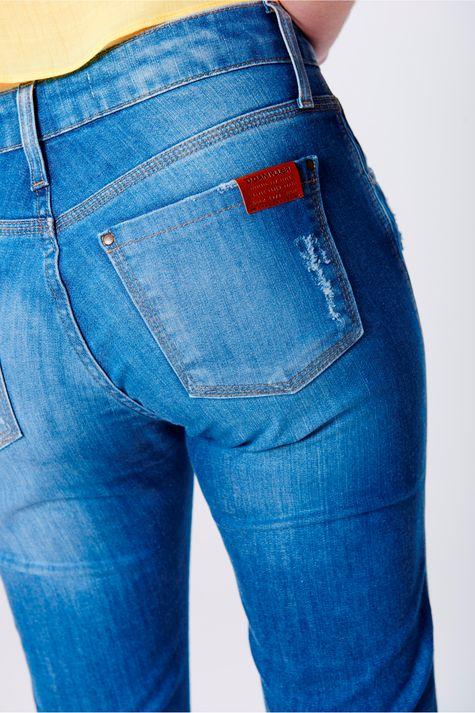 Calca-Jegging-Cropped-Jeans-com-Chaveiro-Detalhe-1--