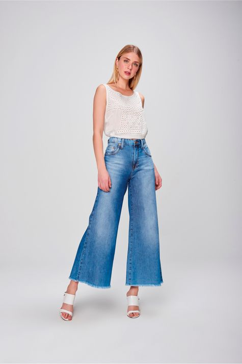 Pantalona-Jeans-Cropped-Barra-Desfiada-Frente--