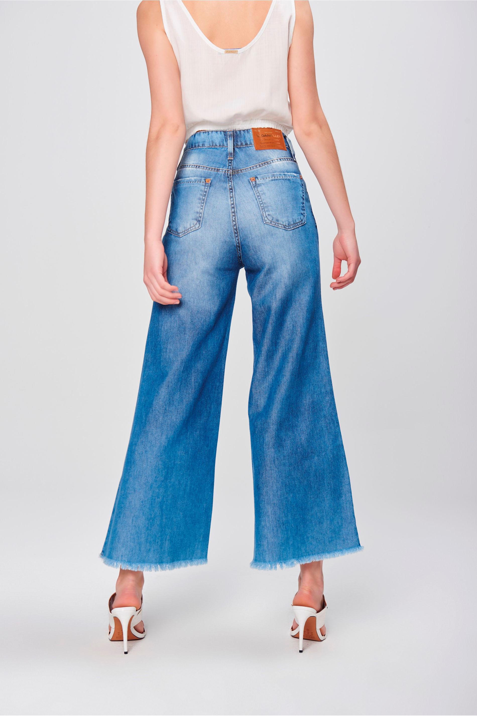 6ee6205a9 Pantalona Jeans Cropped Barra Desfiada - Damyller