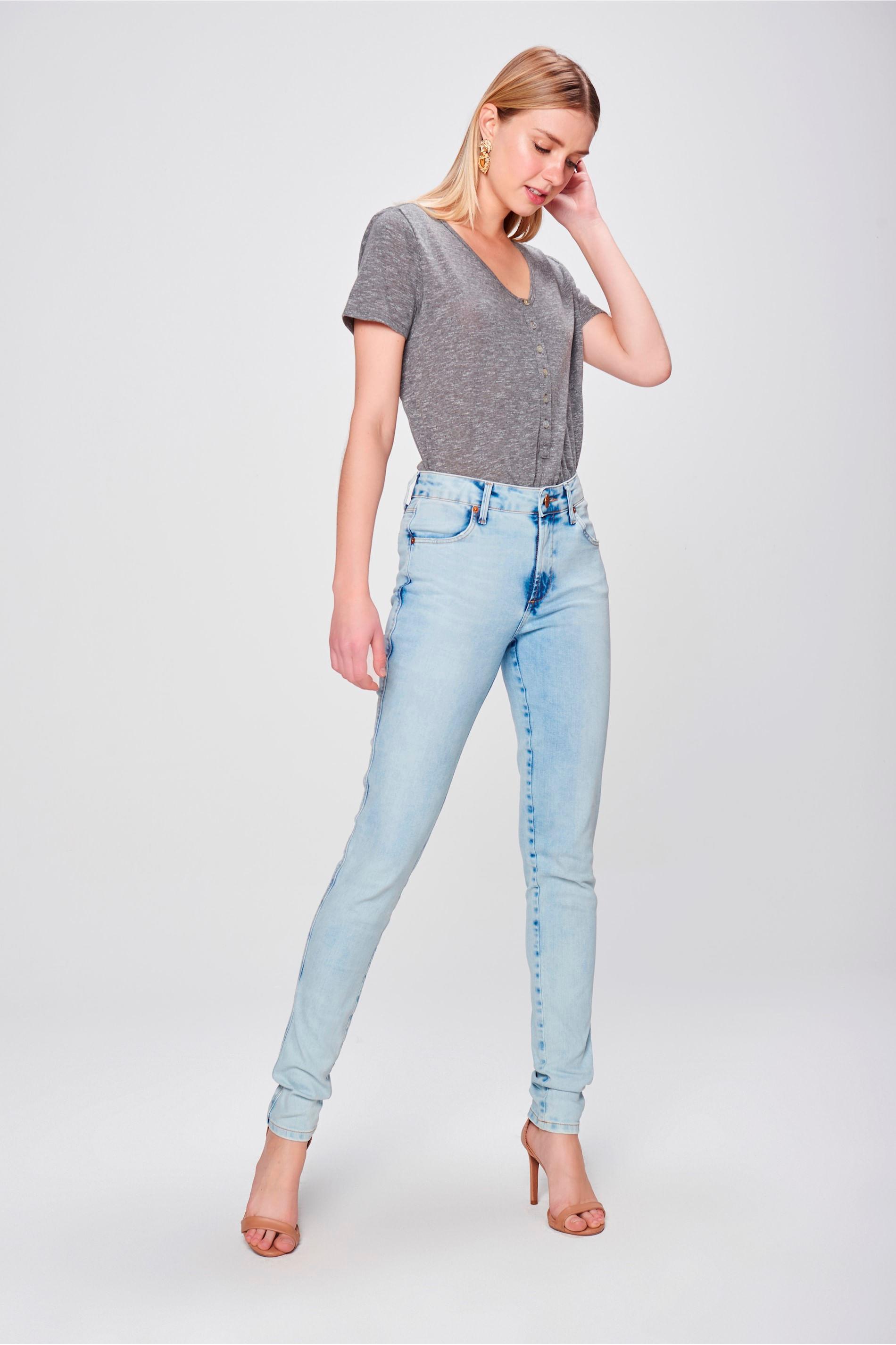 bf11f9048 Calça Skinny Jeans com Bolsos Embutidos - Damyller