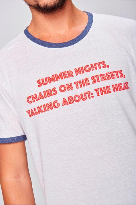 Camiseta-Fit-com-Ribanas-Masculina-Detalhe--