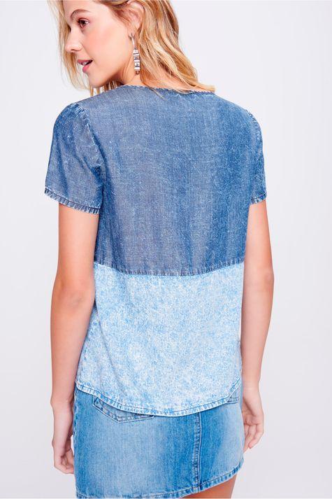 Camiseta-Jeans-com-Recorte-Feminina-Costas--