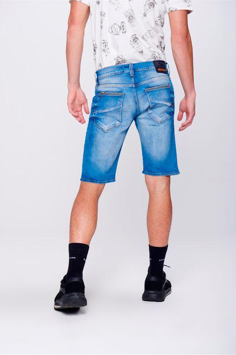 Bermuda-Jeans-com-Recorte-nos-Bolsos-Costas--
