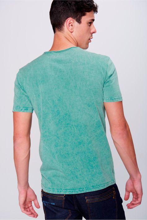 Camiseta-Fit-Estampada-Tingida-Masculina-Costas--