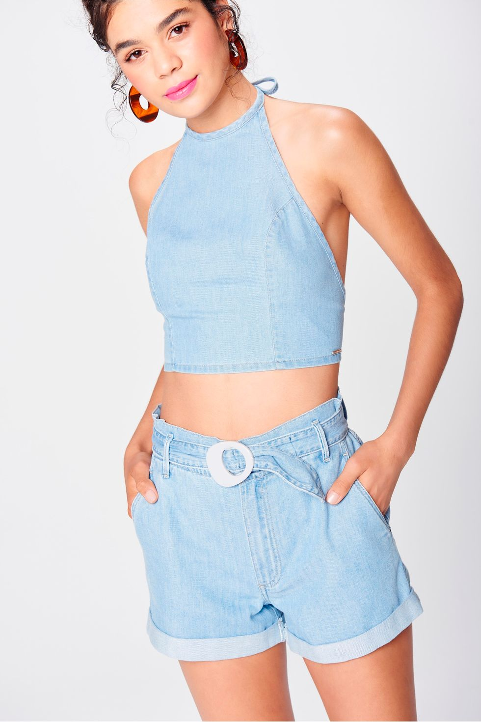Short-Jeans-Mini-Clochard-Cintura-Alta-Frente--