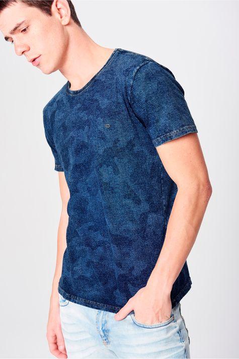 Camiseta-Fit-Camuflada-de-Malha-Denim-Frente--