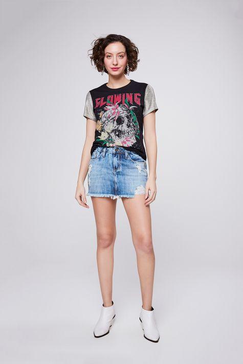 Camiseta-com-Mangas-Metalizadas-Frente--