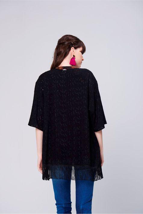 Kimono-em-Laise-com-Franjas-Costas--
