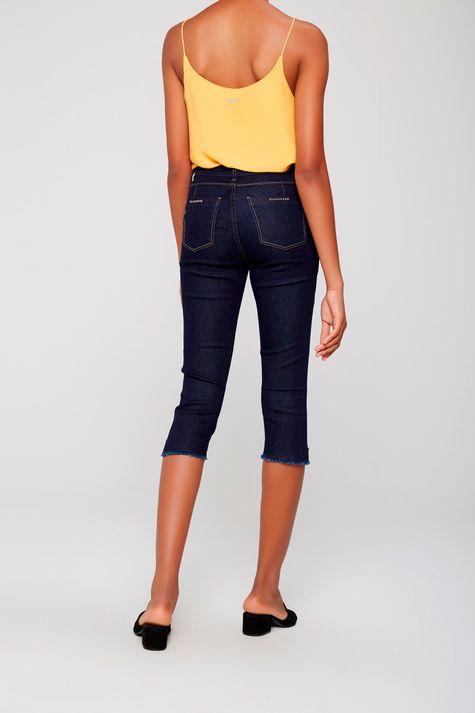 Calca-Capri-Jeans-com-Detalhe-na-Lateral-Frente--