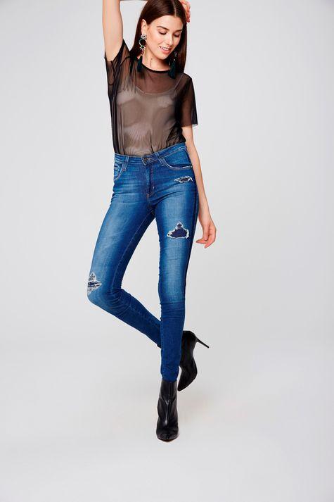 Calca-Jeans-Skinny-Rasgada-Feminina-Frente--