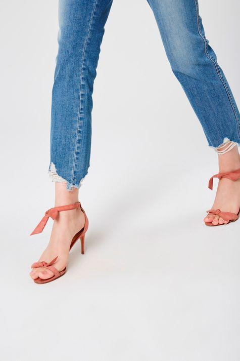 Calca-Cropped-Jeans-Barra-Rasgada-Frente--