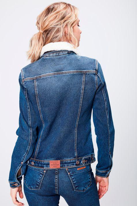 Jaqueta-Trucker-Jeans-com-Gola-de-Pelo-Costas--