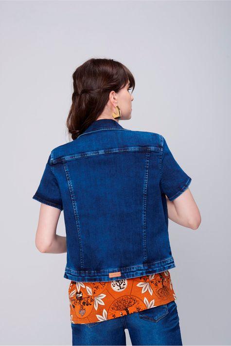 Jaqueta-Trucker-Jeans-com-Mangas-Curtas-Costas--