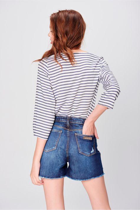 Short-Jeans-de-Cintura-Alta-Destroyed-Costas--